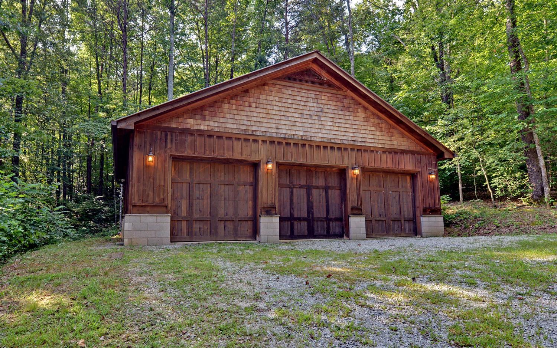 280 wynngate drive virtual tour lake burton lake rabun for Detached garage pictures